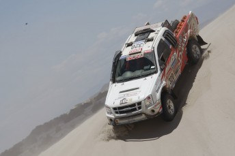 Bruce Garland took on t first sand dunes of the 2010 Dakar. Pic: Willy Weyens