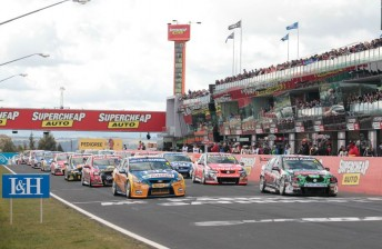 Holden and Ford shared the front-row for the recent Bathurst 1000