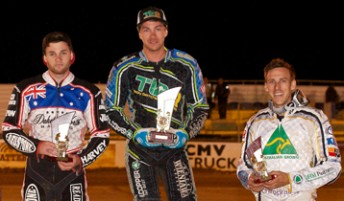 New Australian Champion, Troy Batchelor (Centre) is flanked by Title runner up Dakota North (left) and 3rd placed Cameron Woodward.