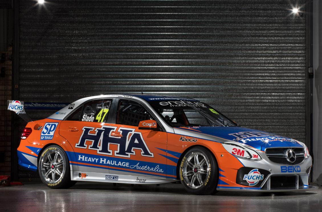 Gallery launch of the mercedes benz v8 supercars speedcafe for Mercedes benz v8