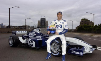 Webber's stunning Sydney Harbour Bridge promotion after signing for Williams in 2005