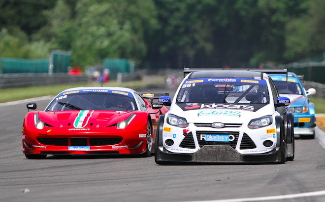 The Focus V8s took on a variety of GT machinery in both the Britcar and Dutch Supercar races