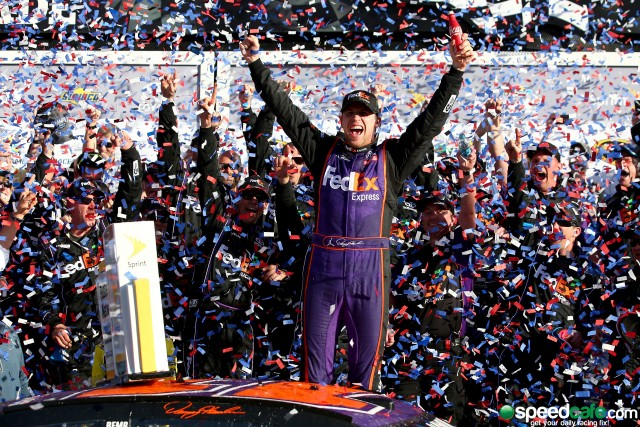 Denny Hamlin opens the 2016 Sprint Cup season in sizzling style