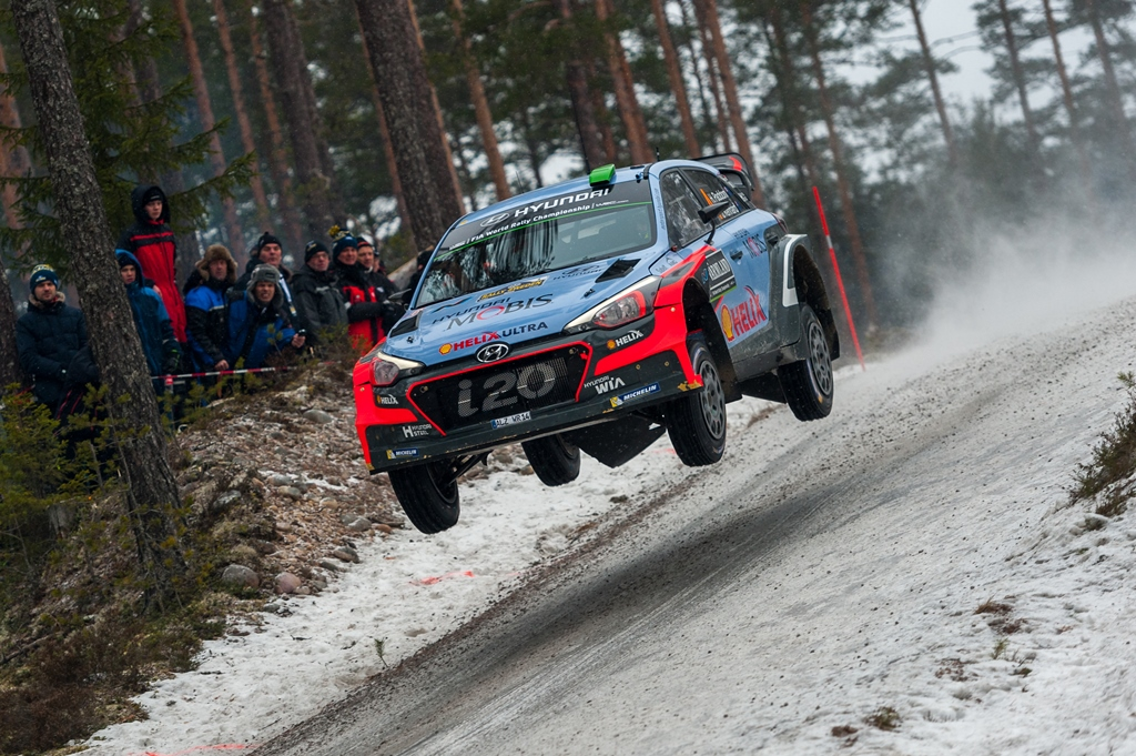 Hayden Paddon sits second in Sweden
