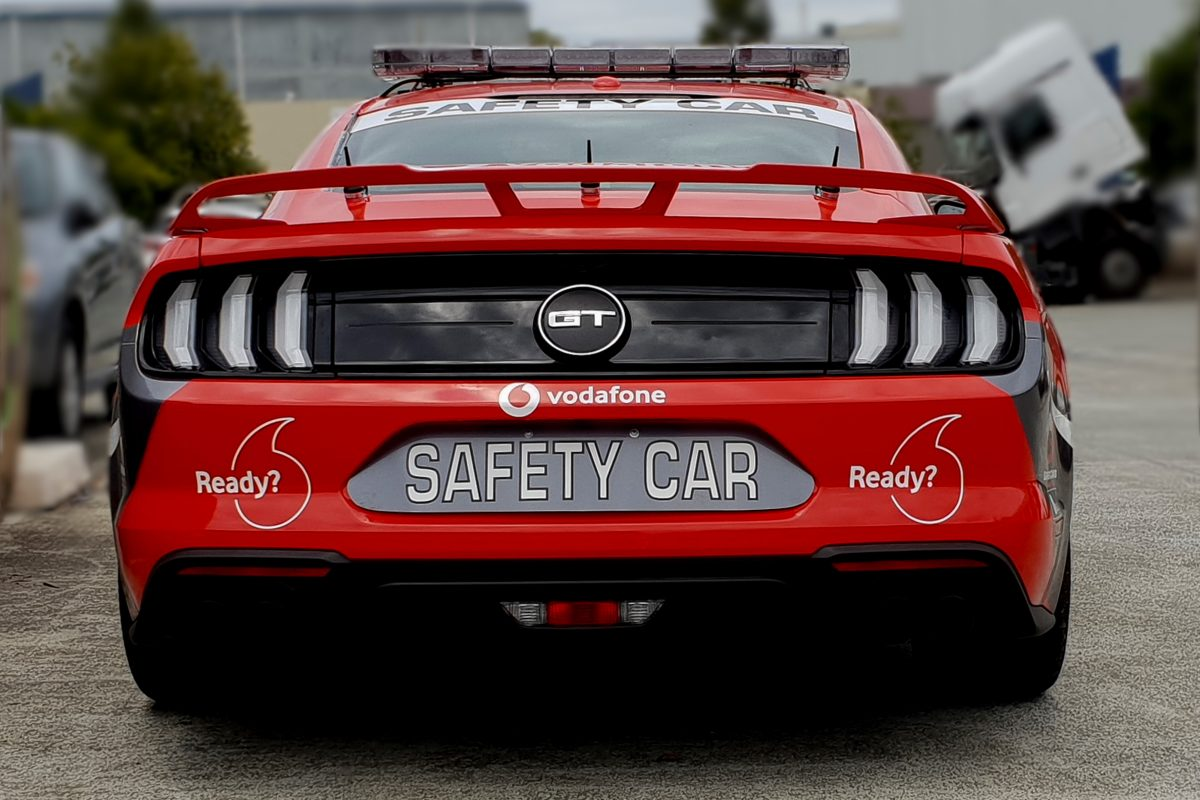ford mustang  serve  supercars safety car speedcafe