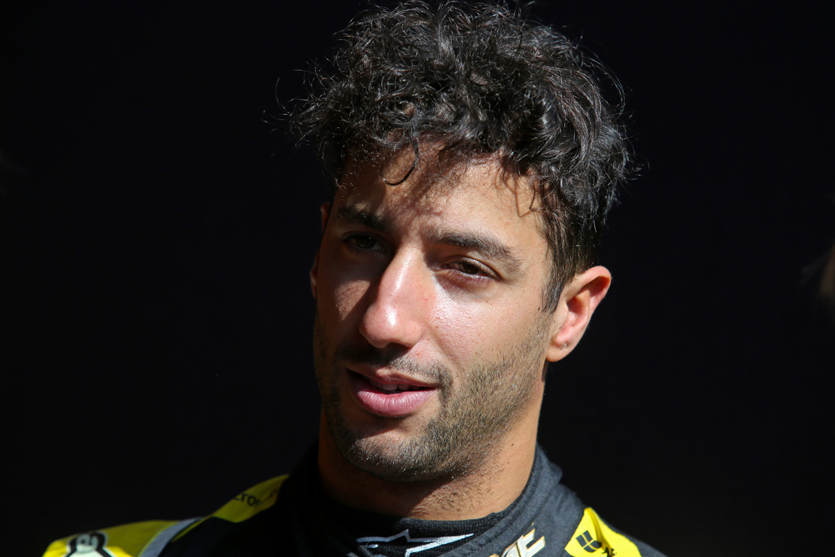 Ricciardo: Renault move not triggered by fear of Verstappen